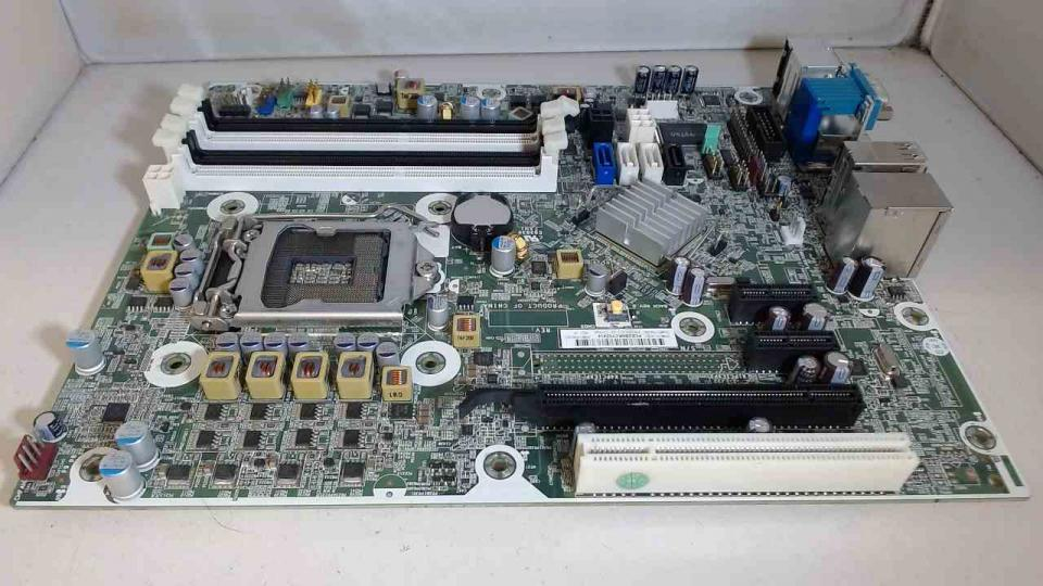 .PACKARDBEL Packard Bell PII Slot-1 Motherboard 182436